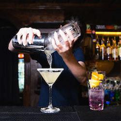Find Fullerton Bartender