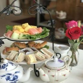 Find Fullerton Tea Houses
