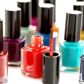 Find Fullerton Nail Salons